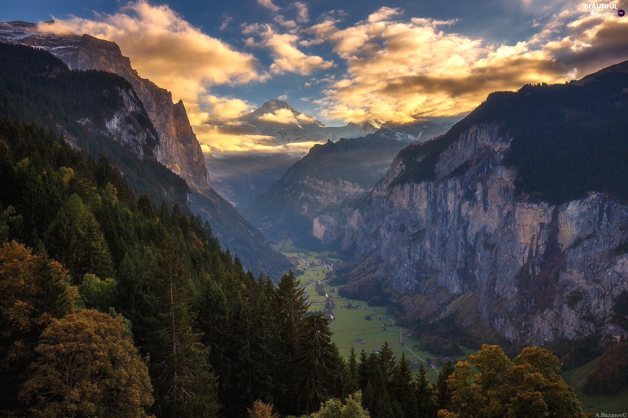 Lauterbrunnental Valley, Alps Mountains, Sunrise, trees, clouds, Canton of Bern, Switzerland, viewes