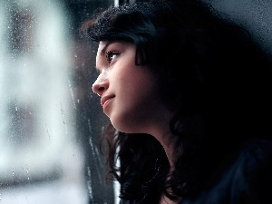 Rain, brunette, Glass