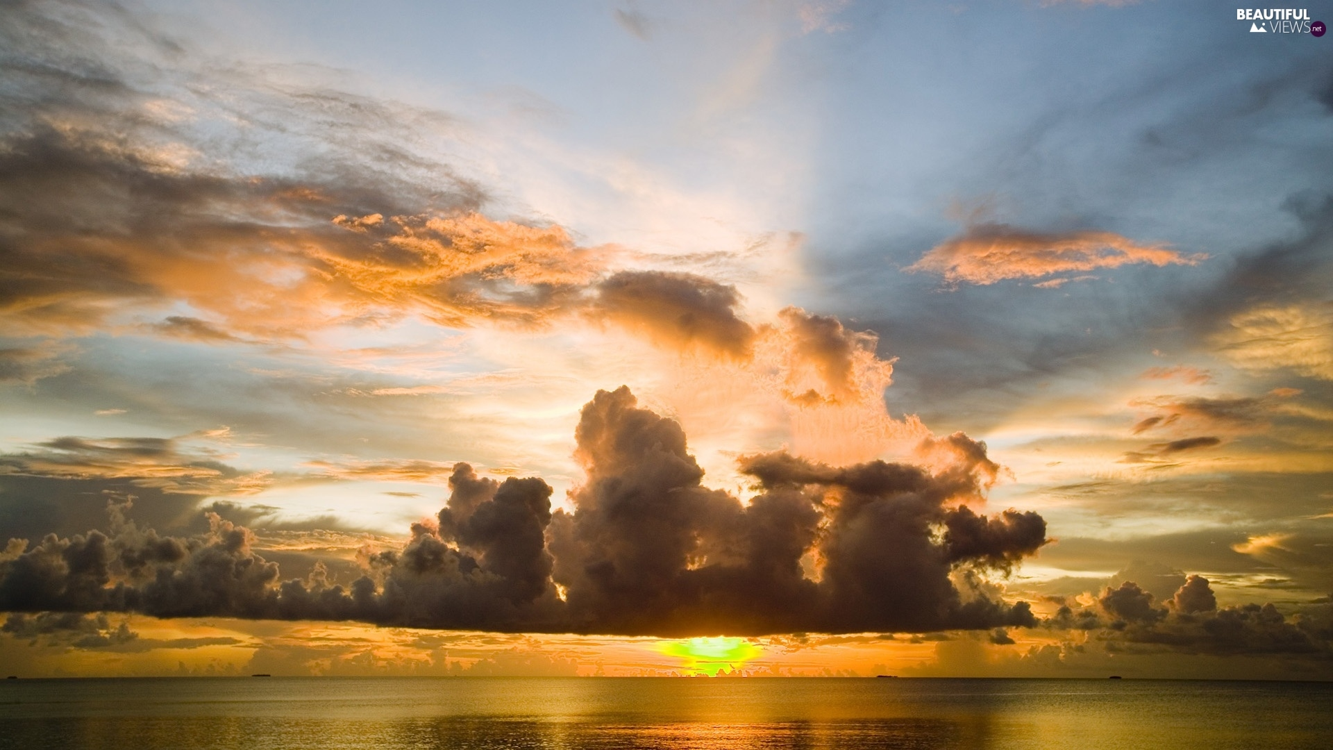 Great Sunsets, sea, clouds