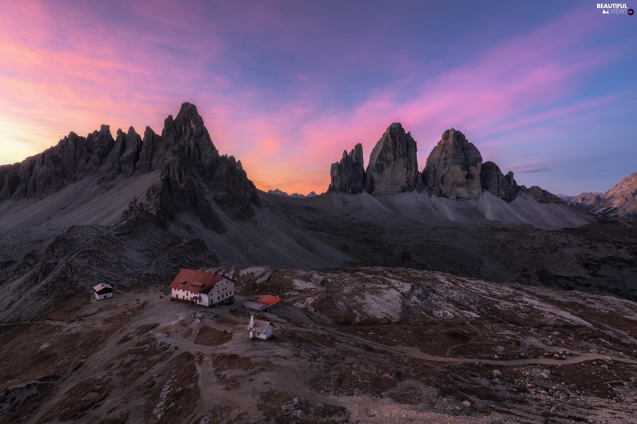 Valley, Tre Cime di Lavaredo, Province of Belluno, Houses, Dolomites Mountains, Great Sunsets, Italy