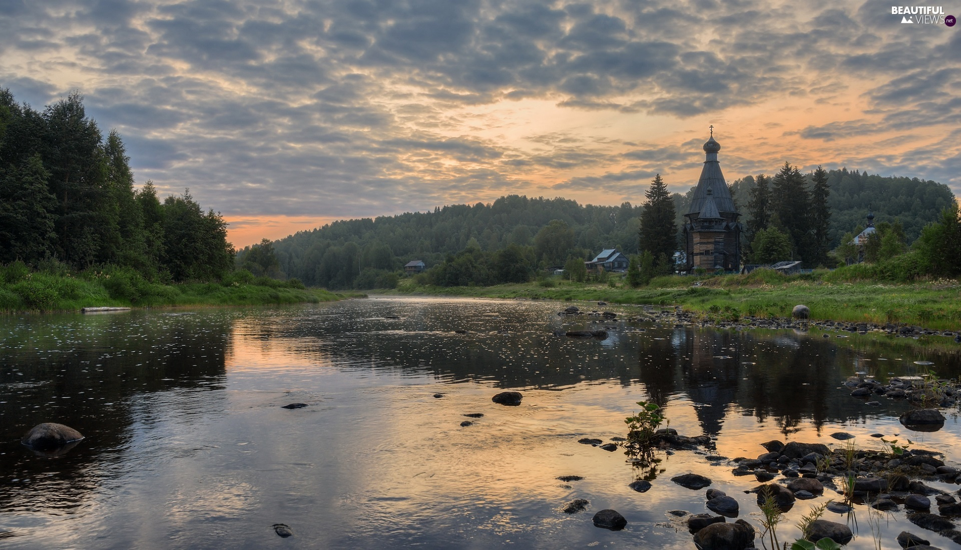 River, Stones, Houses, trees, Cerkiew, Fog, Sunrise, viewes