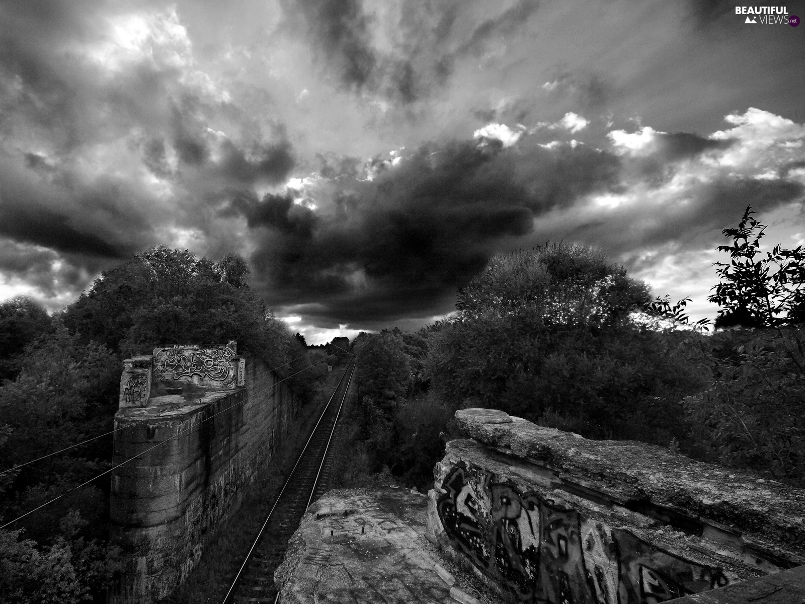 the walls, clouds, ##