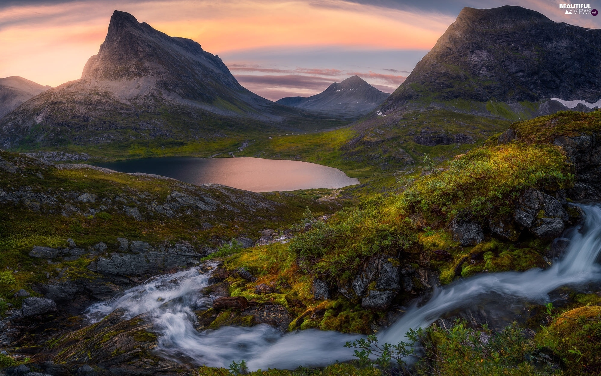 Mountains, Romsdalen Valley, waterfall, VEGETATION, lake, Norway